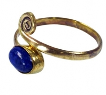Brass toe ring, goat jewellery with lapis lazulite - gold
